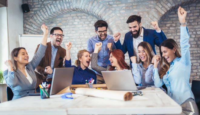 Cómo sentirnos más satisfechos y menos ansiosos en el trabajo