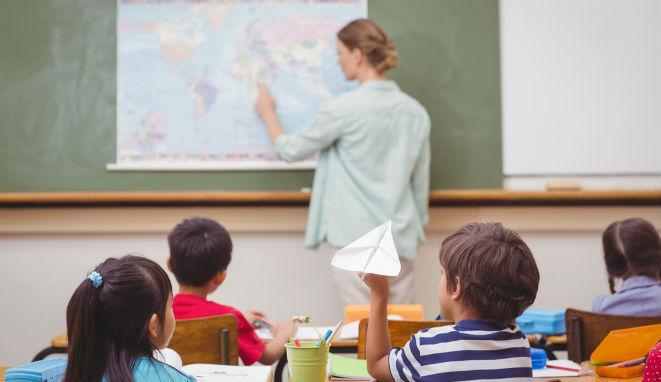 Aumentan las oportunidades laborales para los docentes en el extranjero.