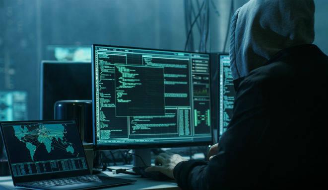 la proliferación de riesgos cibernéticos desafía cada vez más a la UE. Su talón de Aquiles es la fragmentación del sistema de seguridad del bloque, descentralizado principalmente a la hora de proteger instituciones financieras.