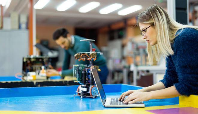 Cada vez se necesitan más ingenieros con perfiles tecnológicos.