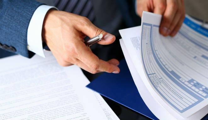 La labor del abogado de seguros dependerá del lado del que ejerza.